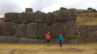Les murs incas étaient parfois construits de blocs de taille impressionnante