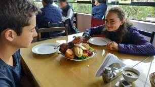 Essai (unique) du fameux cuy (cochon d'inde), plat typique de la région