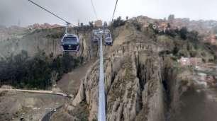 La nouvelle ligne de téléphérique reliant El Alto à La Paz