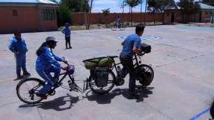 Les enfants veulent tester nos vélos