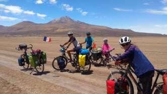 Nous contournons le magnifique volcan Tunupa