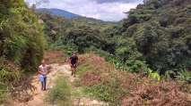 Nous en profitons pour faire un petit treck dans la région appréciée pour ses sentiers sauvages