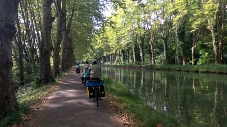 Sur le canal latéral à la Garonne
